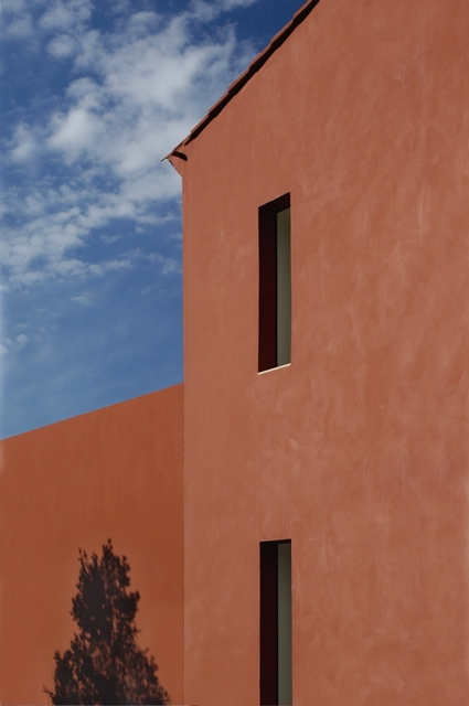 Patricia Miyamoto Architecture, Architectural Design, Interior Architecture, Interior Design, Residence Red House Provence France, photo by Bernard Touillon